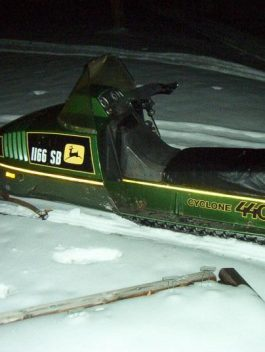 1979-1984 JOHN DEERE 340 & 440 TRAILFIRE SNOWMOBILE PART'S MANUAL DOWNLOAD pdf