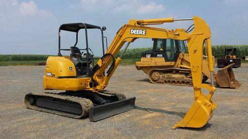 john deere 27c zts 35c zts excavator operators manual omt190898 rh automotive manual com John Deere Zero Turn 255 john deere 27c service manual