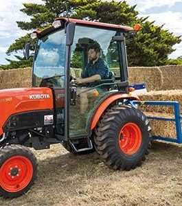 Kubota B3150-B3150SU Tractor Operator's Manual